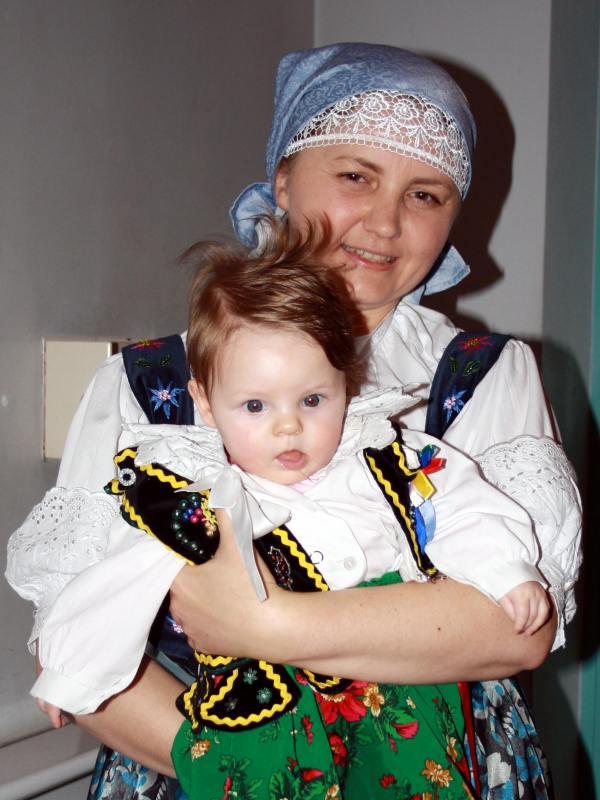 wiktoria-z-mama-zespol-iskierkowa-familia