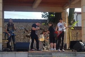 koncert-zespolu-axe-crazy_12