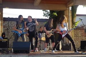 koncert-zespolu-axe-crazy_8